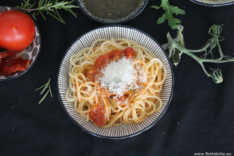 FlotteLotte Gemüsesoße-Spaghetti_06