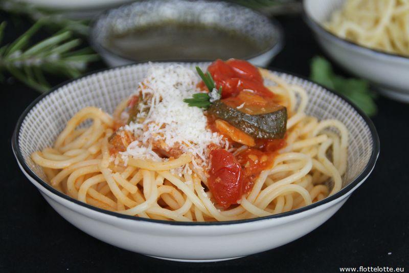 FlotteLotte Gemüsesoße-Spaghetti_09