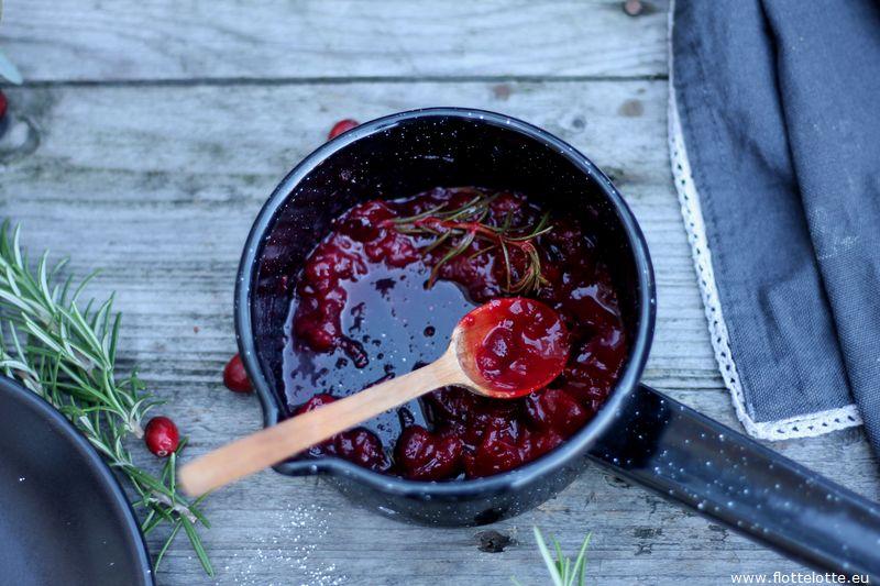 flottelotte-buchteln-mit-cranberries_23